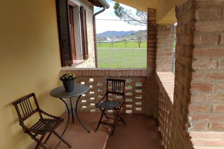 Holiday homeItaly - Umbria/Marche: Appartamento Casale dei Girasoli  [4]