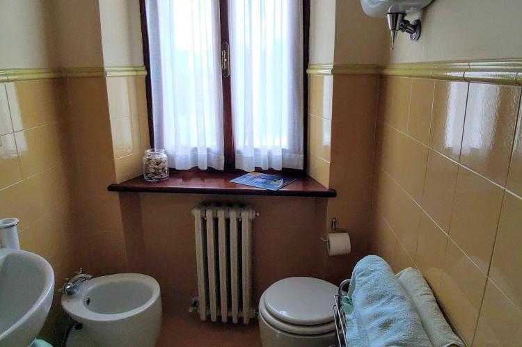 Holiday homeItaly - Umbria/Marche: Appartamento Casale dei Girasoli  [25]