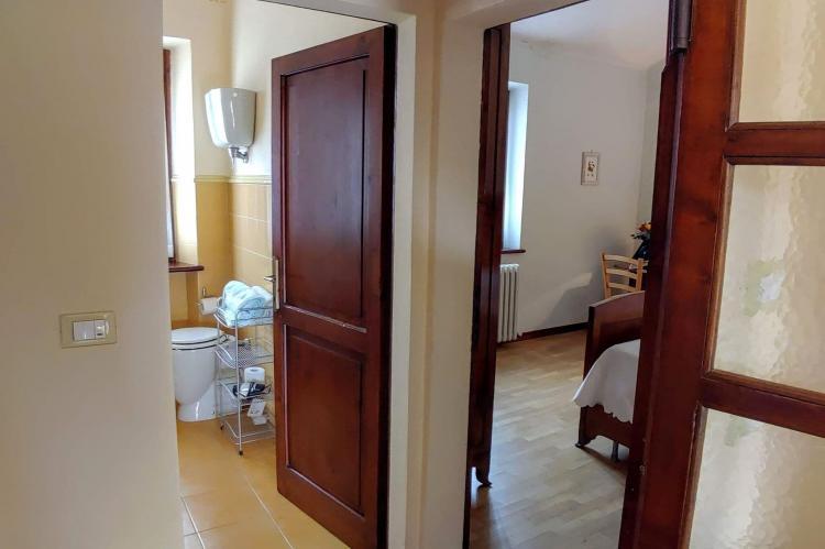 Holiday homeItaly - Umbria/Marche: Appartamento Casale dei Girasoli  [22]
