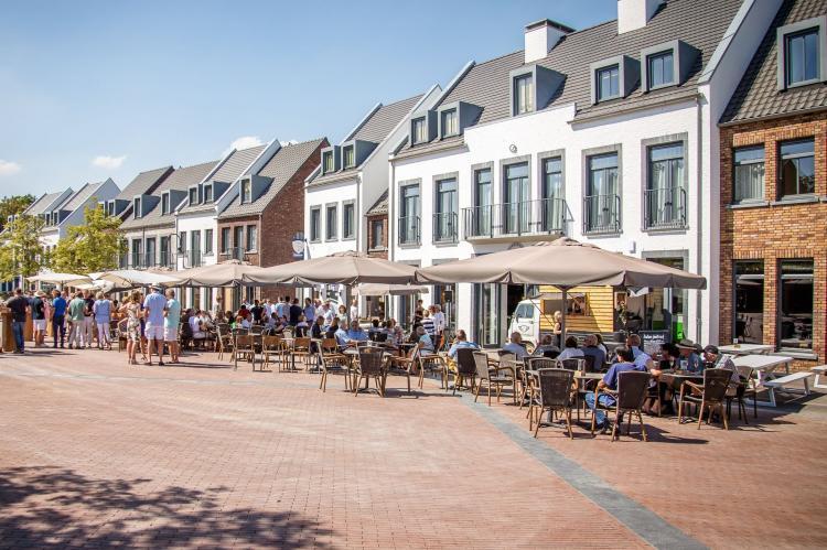 VakantiehuisNederland - Limburg: Resort Maastricht 8  [2]