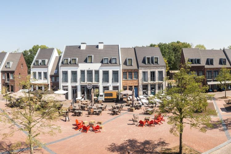 VakantiehuisNederland - Limburg: Resort Maastricht 8  [5]