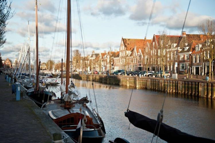 VakantiehuisNederland - Friesland: Recreatiepark de Friese Wadden 15  [37]