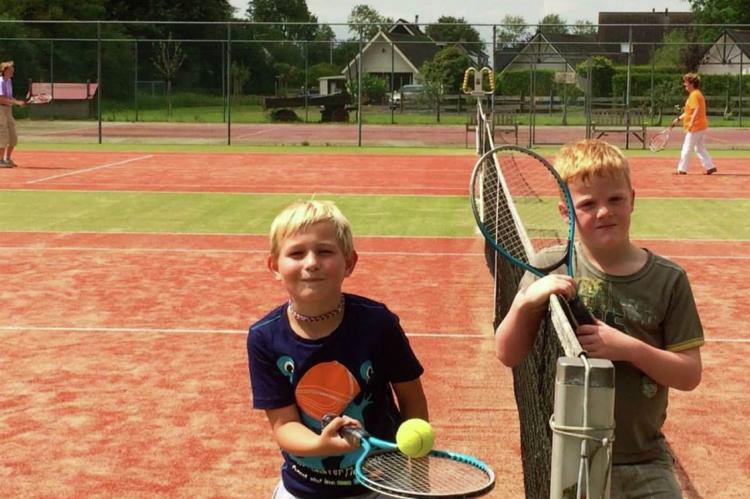 VakantiehuisNederland - Friesland: Recreatiepark de Friese Wadden 15  [16]