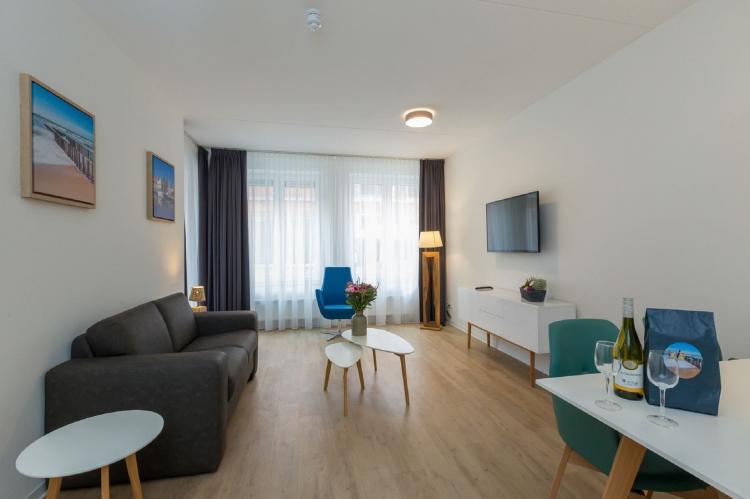 VakantiehuisNederland - Zeeland: Aparthotel Zoutelande - 6 pers luxe appartement  [2]