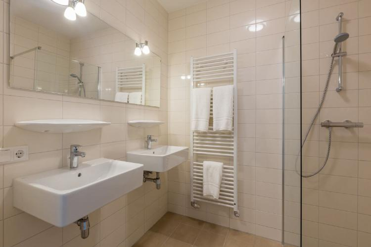 VakantiehuisNederland - Zeeland: Aparthotel Zoutelande - 6 pers luxe appartement  [15]