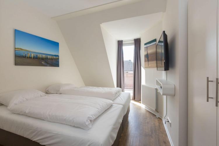 VakantiehuisNederland - Zeeland: Aparthotel Zoutelande - 6 pers luxe appartement  [12]