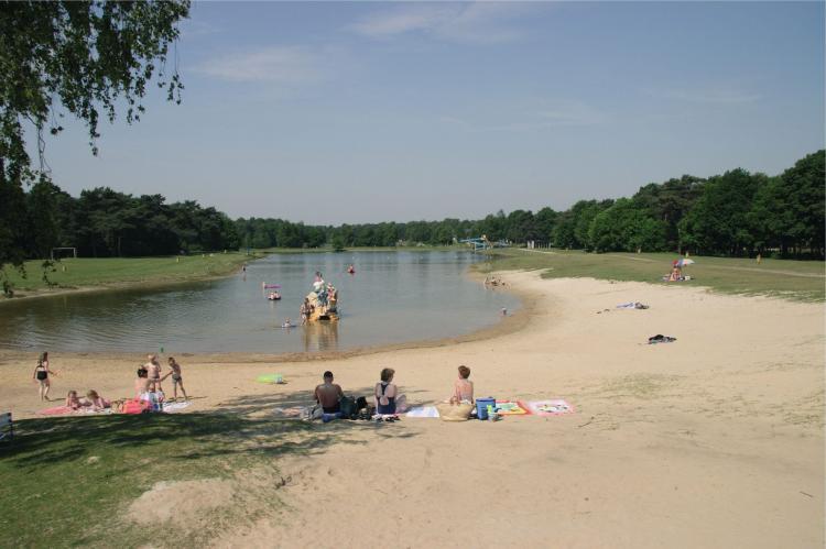 VakantiehuisNederland - Noord-Brabant: Bospark 't Wolfsven 5  [16]
