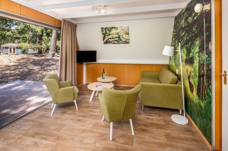 VakantiehuisNederland - Noord-Brabant: Bospark 't Wolfsven 7  [4]