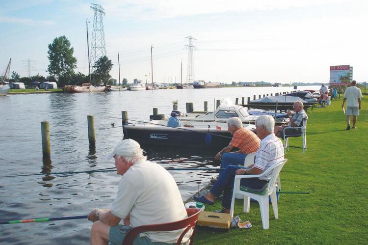 VakantiehuisNederland - Friesland: Tusken de Marren 4  [14]