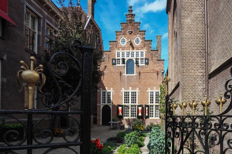 VakantiehuisNederland - Noord-Holland: Klein Weeshuis Enkhuizen  [1]