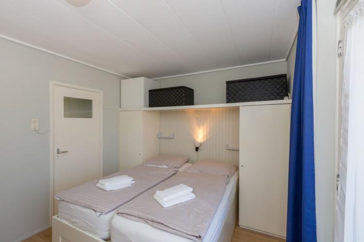 VakantiehuisNederland - Zeeland: Appartement Burg van Woelderenlaan  [14]