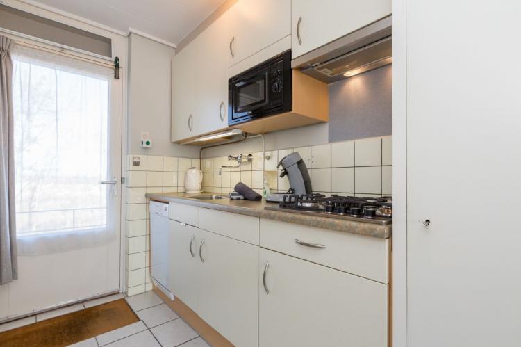 VakantiehuisNederland - Zeeland: Appartement Burg van Woelderenlaan  [12]