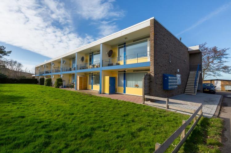 VakantiehuisNederland - Zeeland: Appartement Burg van Woelderenlaan  [2]