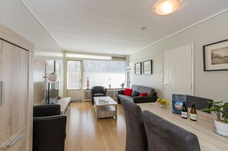 VakantiehuisNederland - Zeeland: Appartement Burg van Woelderenlaan  [11]