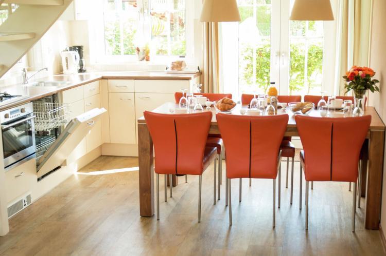VakantiehuisNederland - Zuid-Holland: Bungalowparck Tulp en Zee 3  [11]