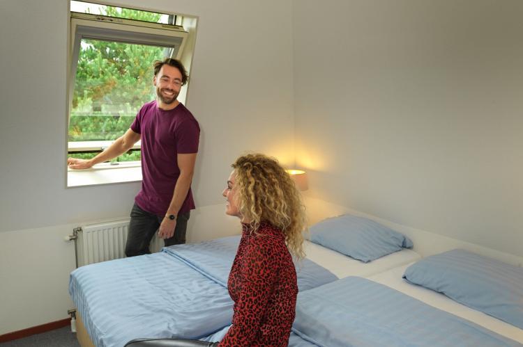 VakantiehuisNederland - Zuid-Holland: Bungalowparck Tulp en Zee 3  [13]
