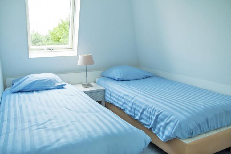 VakantiehuisNederland - Zuid-Holland: Bungalowparck Tulp en Zee 3  [15]
