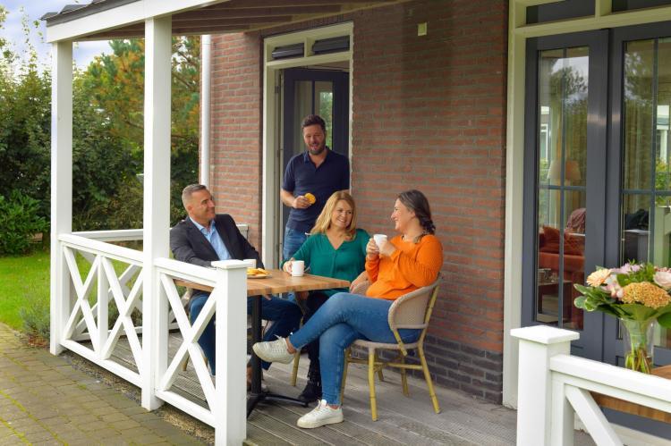 VakantiehuisNederland - Zuid-Holland: Bungalowparck Tulp en Zee 3  [4]