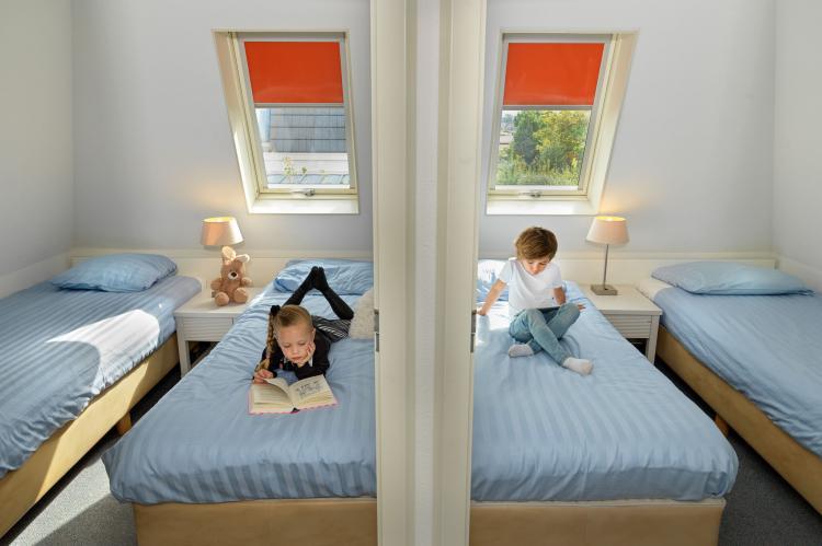 VakantiehuisNederland - Zuid-Holland: Bungalowparck Tulp en Zee 3  [12]