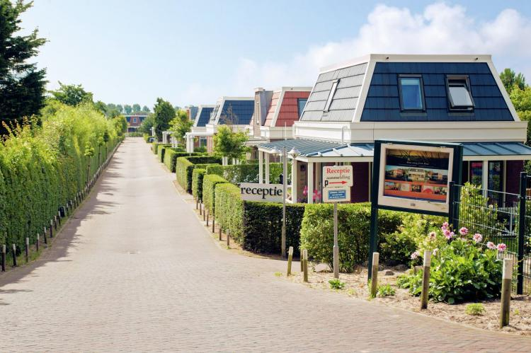 VakantiehuisNederland - Zuid-Holland: Bungalowparck Tulp en Zee 3  [3]