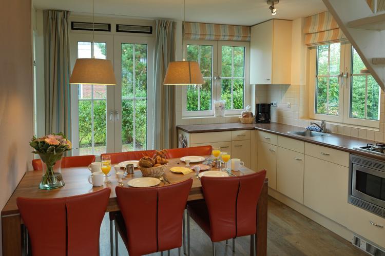 VakantiehuisNederland - Zuid-Holland: Bungalowparck Tulp en Zee 3  [10]