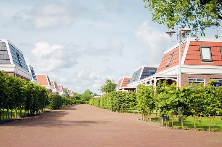 VakantiehuisNederland - Zuid-Holland: Bungalowparck Tulp en Zee 3  [2]