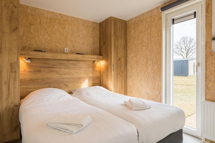 VakantiehuisNederland - Drenthe: Vakantiepark Hunzedal 11  [6]