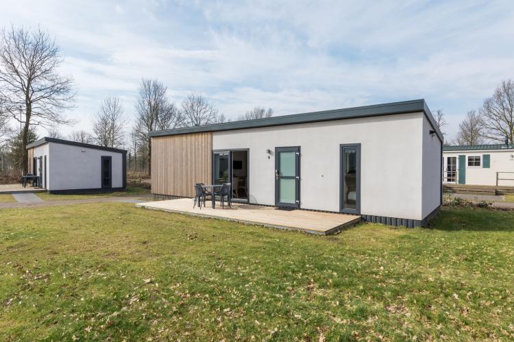 VakantiehuisNederland - Drenthe: Vakantiepark Hunzedal 11  [1]