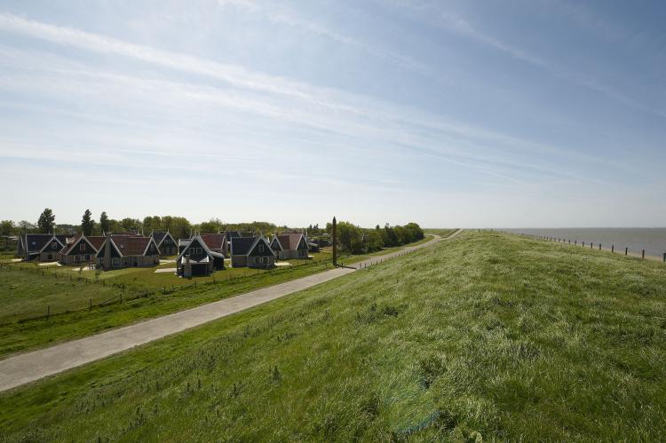 VakantiehuisNederland - Noord-Holland: Recreatiepark Wiringherlant - Anno Nu 5  [15]