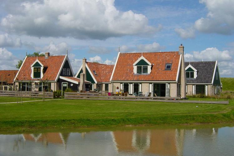 VakantiehuisNederland - Noord-Holland: Recreatiepark Wiringherlant - Anno Nu 5  [13]