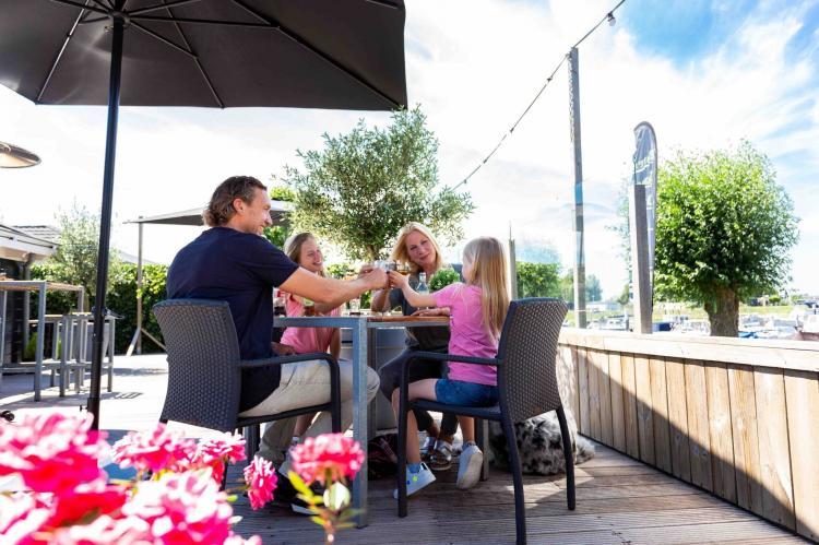 Holiday homeNetherlands - Gelderland: Recreatiepark Het Esmeer 4  [14]