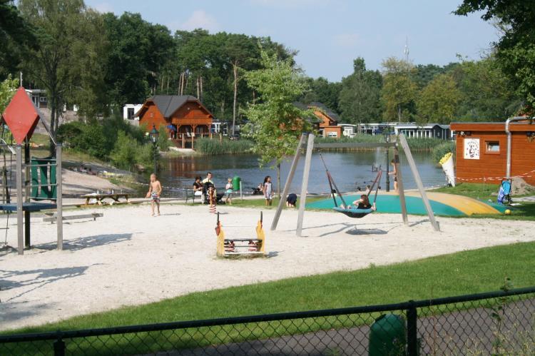 VakantiehuisNederland - Limburg: Resort Brunssummerheide 15  [7]