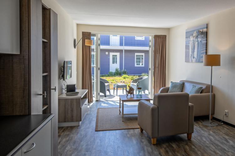 Holiday homeNetherlands - Frisian Islands: Strandplevier Suites 4  [7]