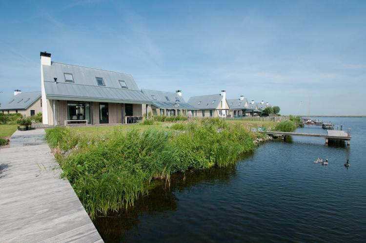 VakantiehuisNederland - Zeeland: Resort Waterrijk Oesterdam 4  [3]
