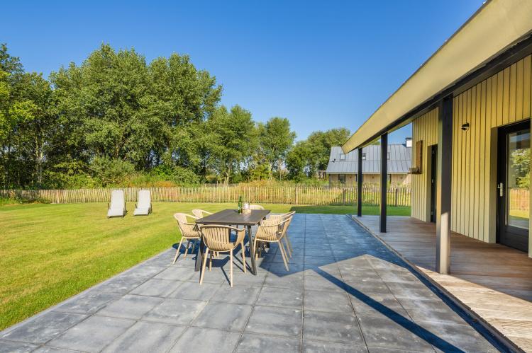 VakantiehuisNederland - Zeeland: Resort Waterrijk Oesterdam 4  [12]