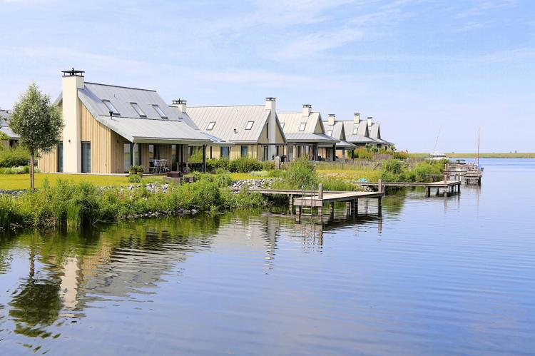 VakantiehuisNederland - Zeeland: Resort Waterrijk Oesterdam 14  [16]