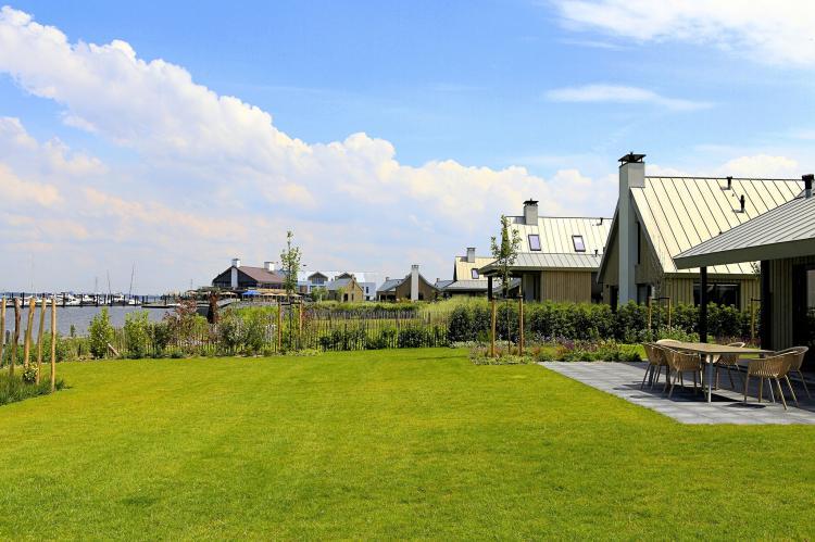 VakantiehuisNederland - Zeeland: Resort Waterrijk Oesterdam 14  [19]