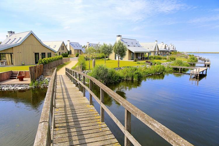 VakantiehuisNederland - Zeeland: Resort Waterrijk Oesterdam 14  [20]