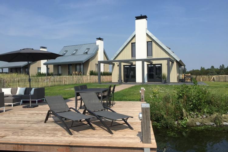 VakantiehuisNederland - Zeeland: Resort Waterrijk Oesterdam 14  [1]