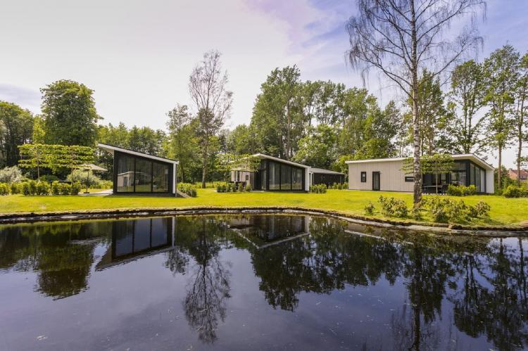 VakantiehuisNederland - Gelderland: Vakantiepark De Lochemse Berg 1  [12]