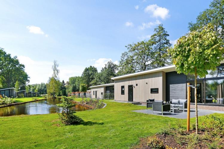VakantiehuisNederland - Gelderland: Vakantiepark De Lochemse Berg 1  [11]