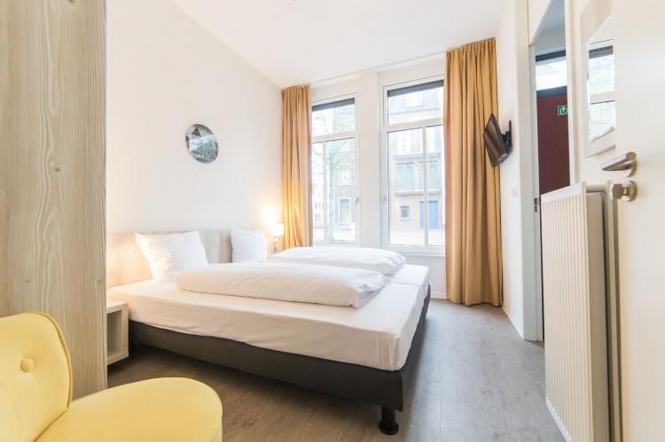 VakantiehuisNederland - Limburg: Resort Maastricht 21  [8]