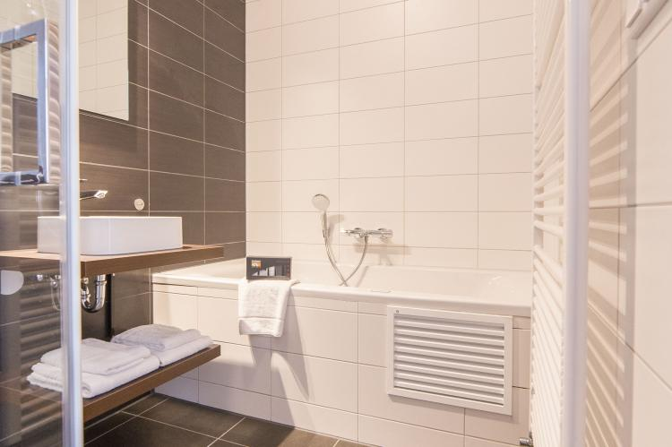 VakantiehuisNederland - Limburg: Resort Maastricht 21  [10]