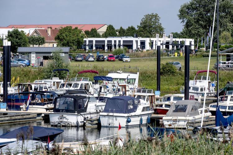 VakantiehuisNederland - Gelderland: Vakantiepark Eiland van Maurik 5  [23]