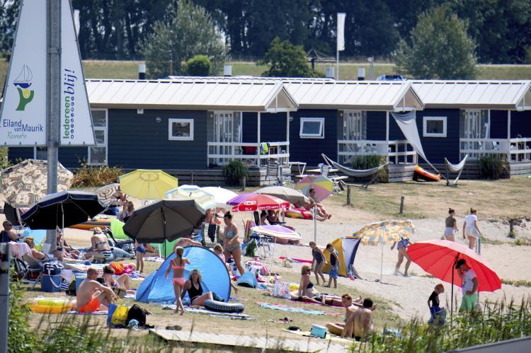 VakantiehuisNederland - Gelderland: Vakantiepark Eiland van Maurik 5  [22]