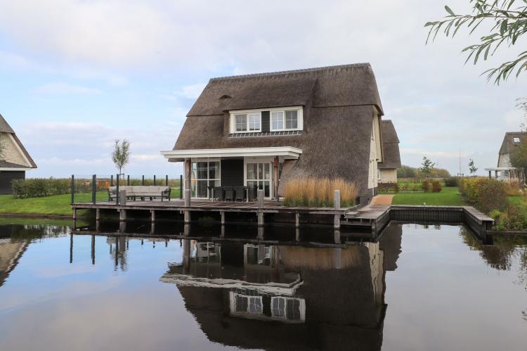 Friese Meren Villa's 13