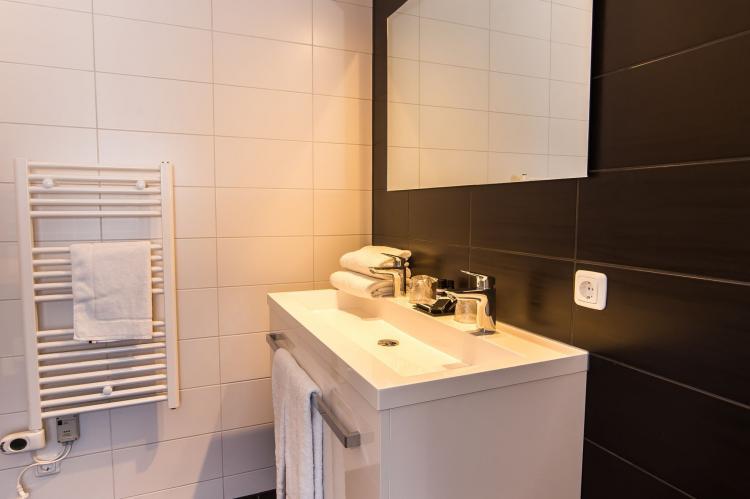 VakantiehuisNederland - Limburg: Resort Maastricht - Prins van Oranje 3  [16]