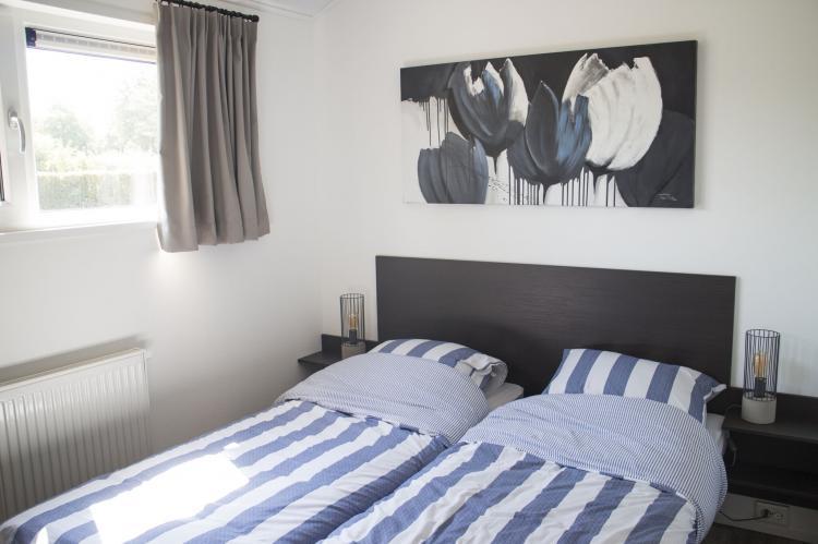 VakantiehuisNederland - Flevoland: Resort Zuiderzee 2  [8]