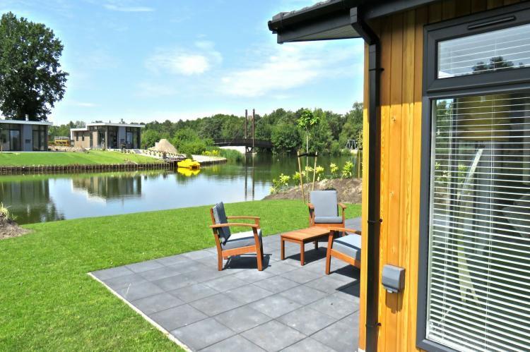 VakantiehuisNederland - Flevoland: Resort Zuiderzee 3  [8]