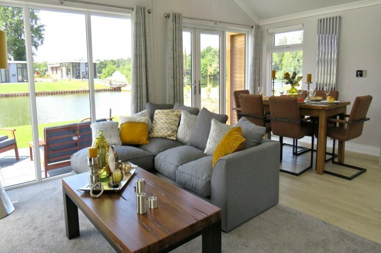 VakantiehuisNederland - Flevoland: Resort Zuiderzee 3  [2]